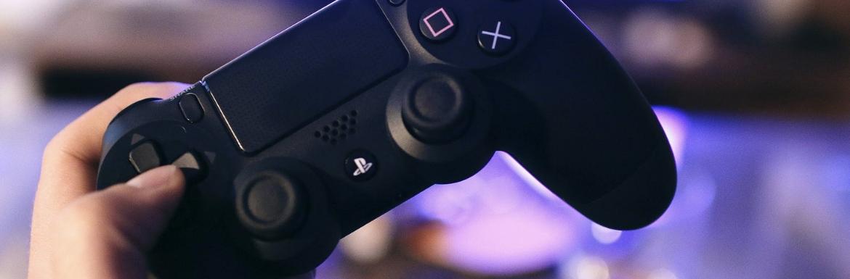 Black Friday-kor 200 dolláros játékkonzolt dob piacra a Playstation